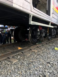 PT-Kai-Commuter-Kereta-Indonesia2