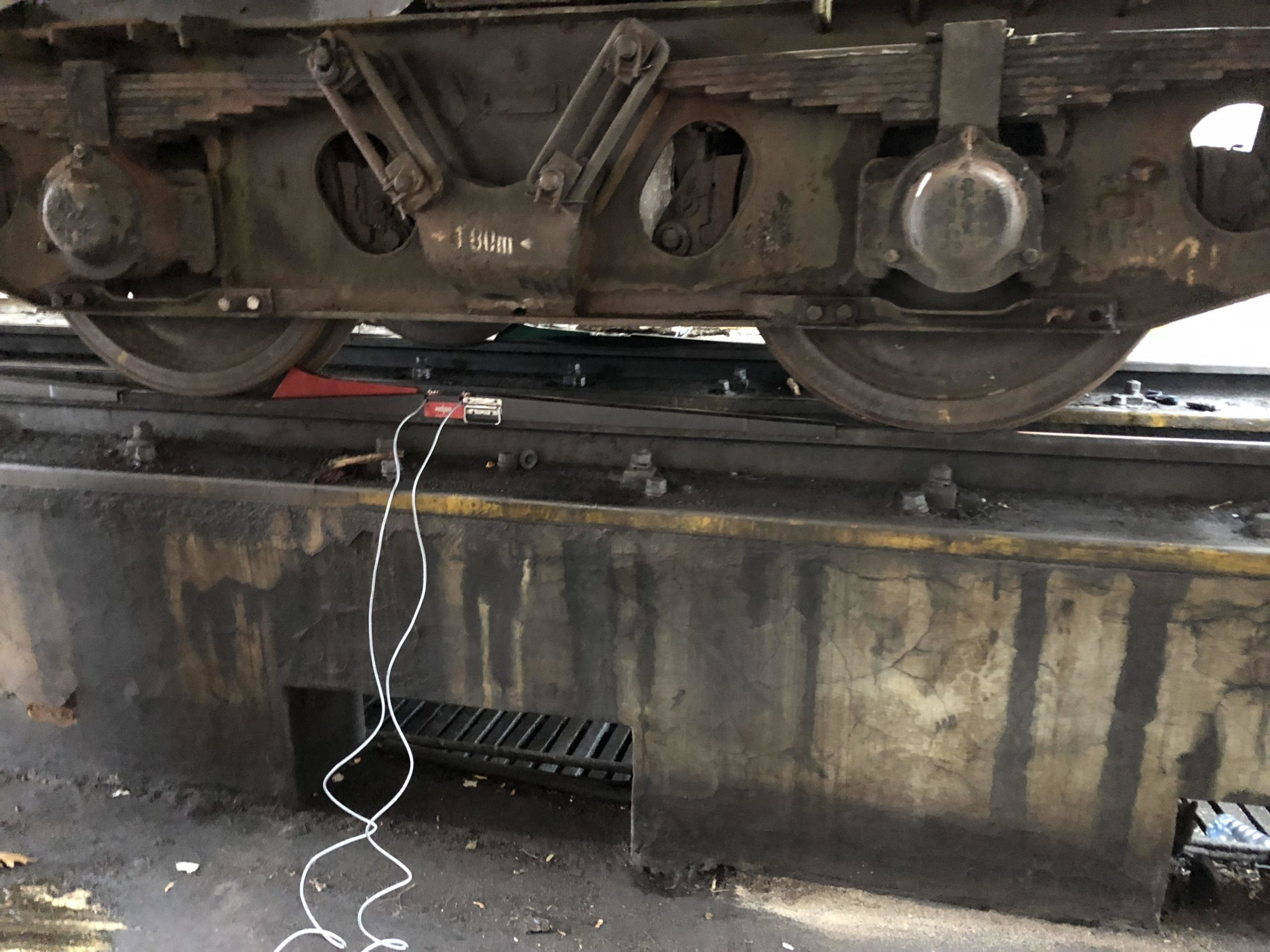 WEIGHING ROLLING STOCK