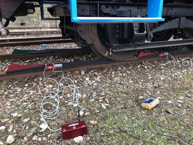 Rolling stock weight measurement