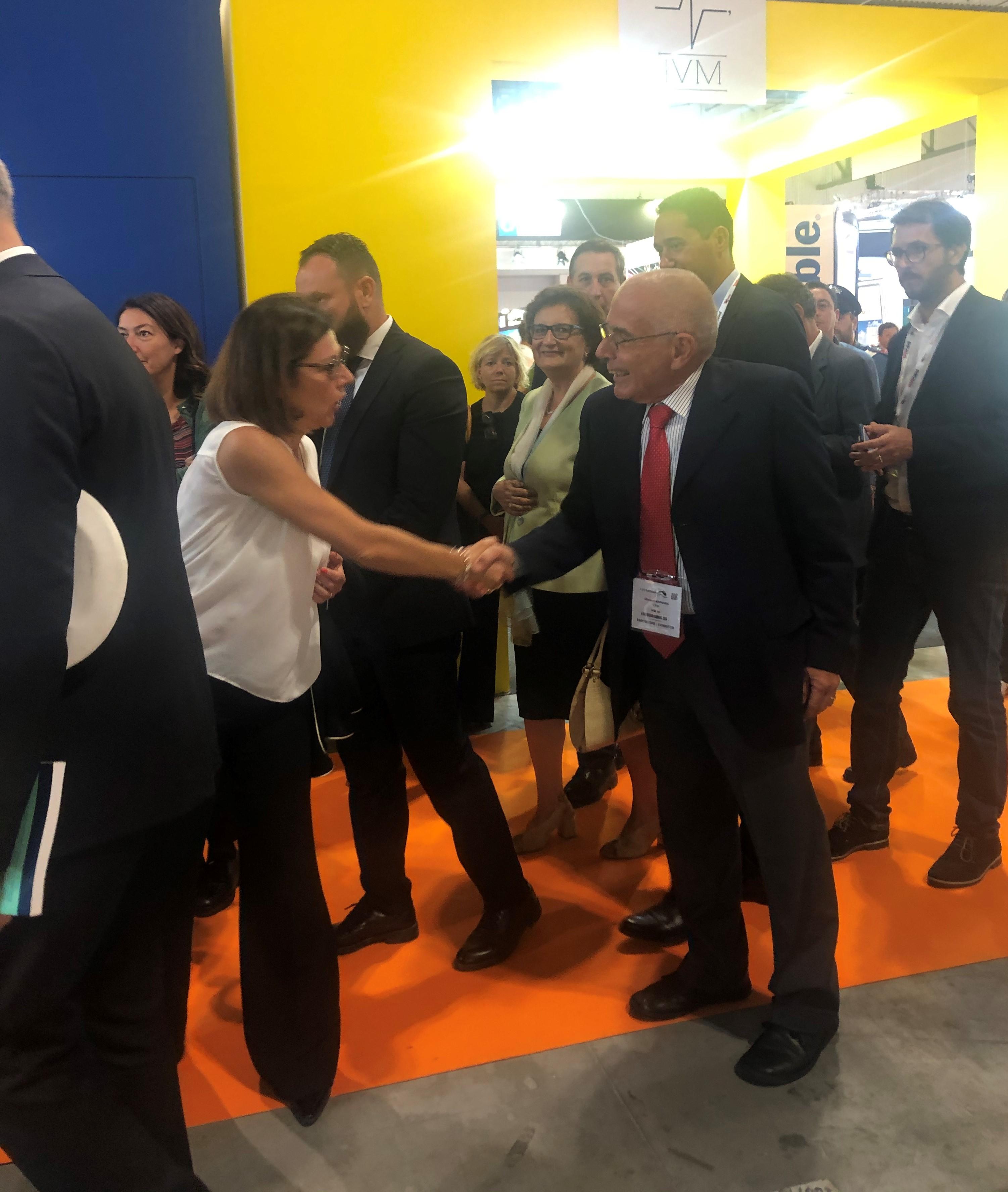 De Micheli meets Mr. Mannara - Expo 2019